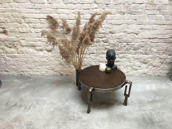 Die-Firma-vintage-shop-Antwerp-brutalist-coffeetable