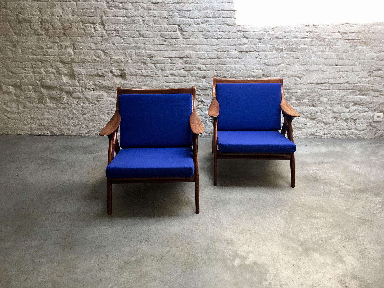 Die-Firma-vintage-shop-Antwerp-de-knoop-destergelderland-chairs