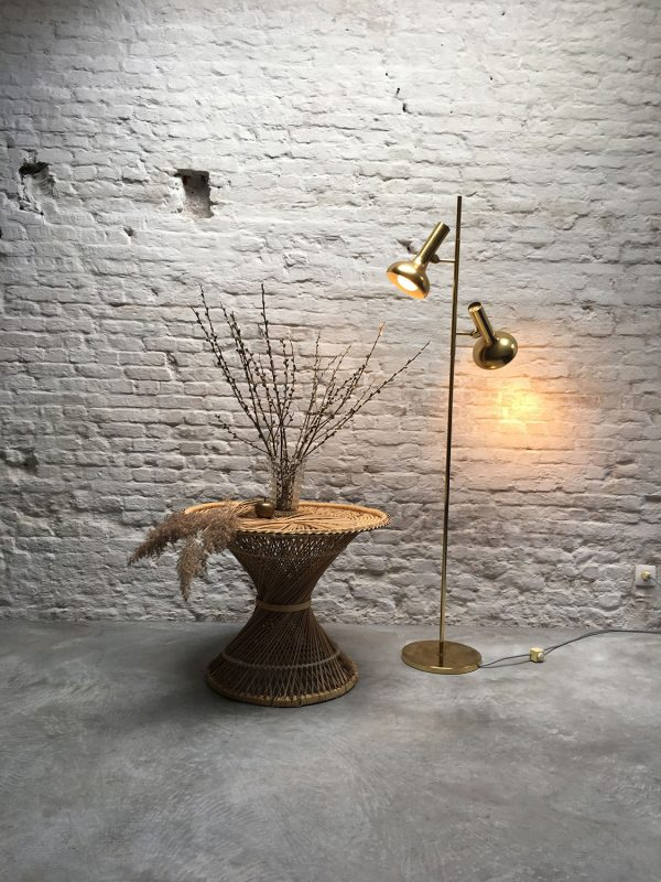 Die-Firma-vintage-shop-Antwerp-floorlamp-koch-lowy-omi