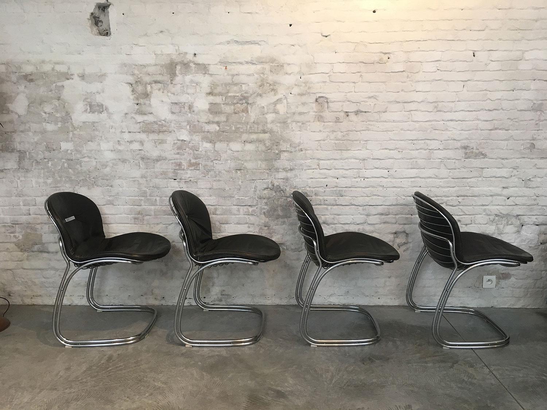 Die-Firma-vintage-shop-Antwerp-gastone-rinaldi-sabrina-chair-black