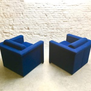 Set Knoll Club Chairs