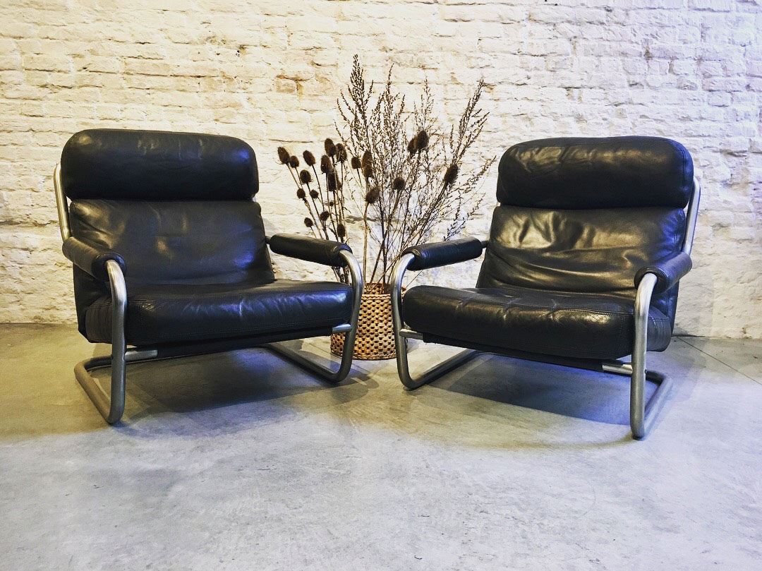 Die-Firma-vintage-shop-Antwerp-mid-century-american-loungechair