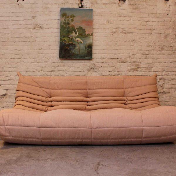 Die Firma vintage shop Antwerp Ligne Roset Togo Old Pink Michel Ducaroy