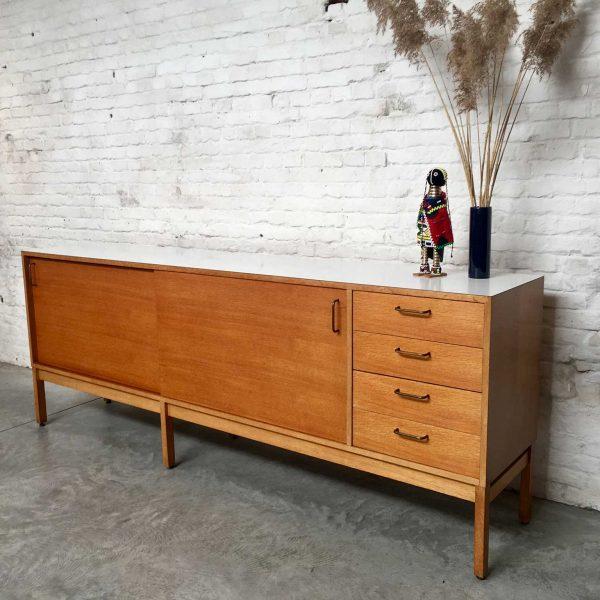 Die Firma vintage shop Antwerp sideboard Abstracta collectie Jos-de-Mey voor Van Den Berghe-Pauvers