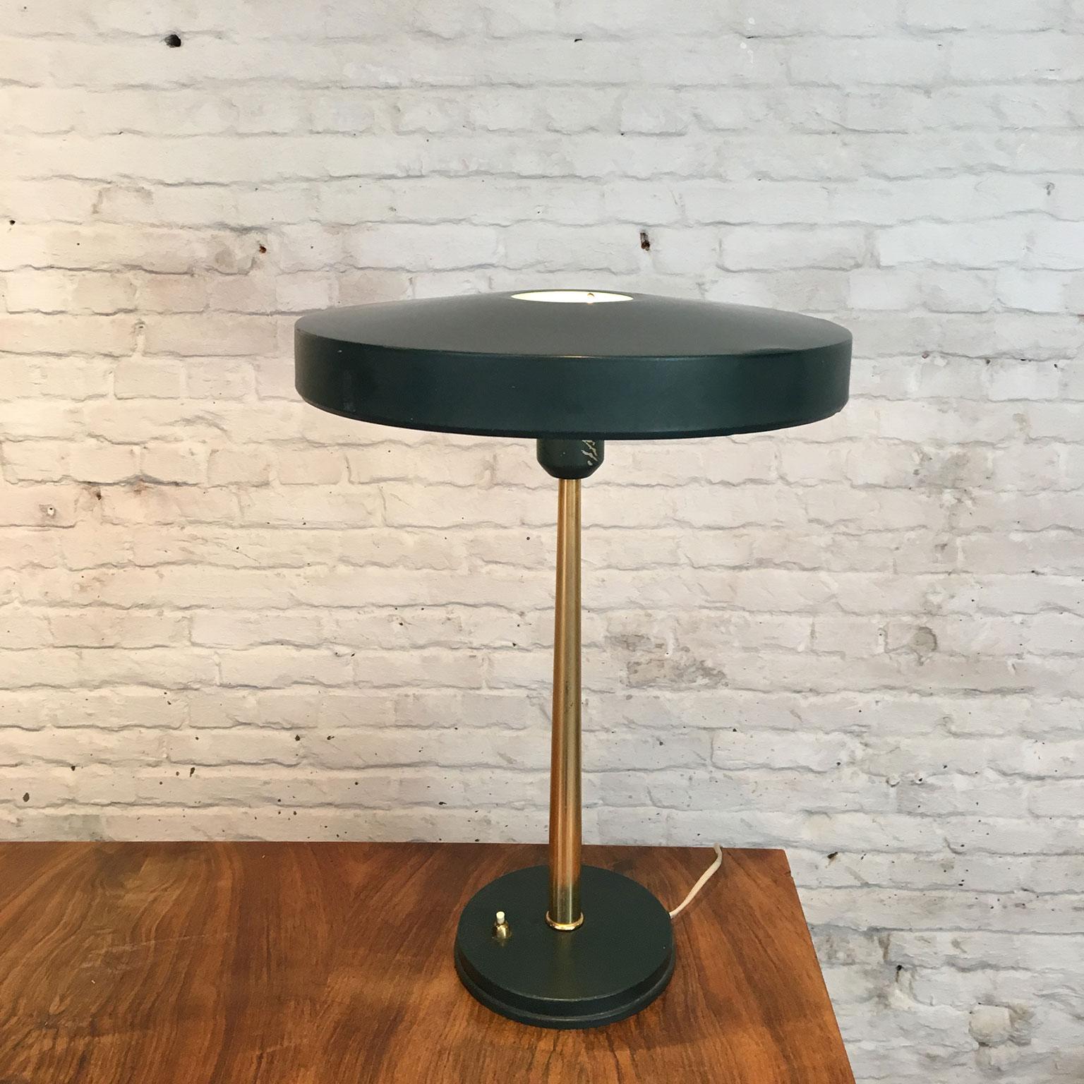 Die-Firma-vintage-shop-Antwerp-Vintage-Timor-bureaulamp-Louis-Kalff