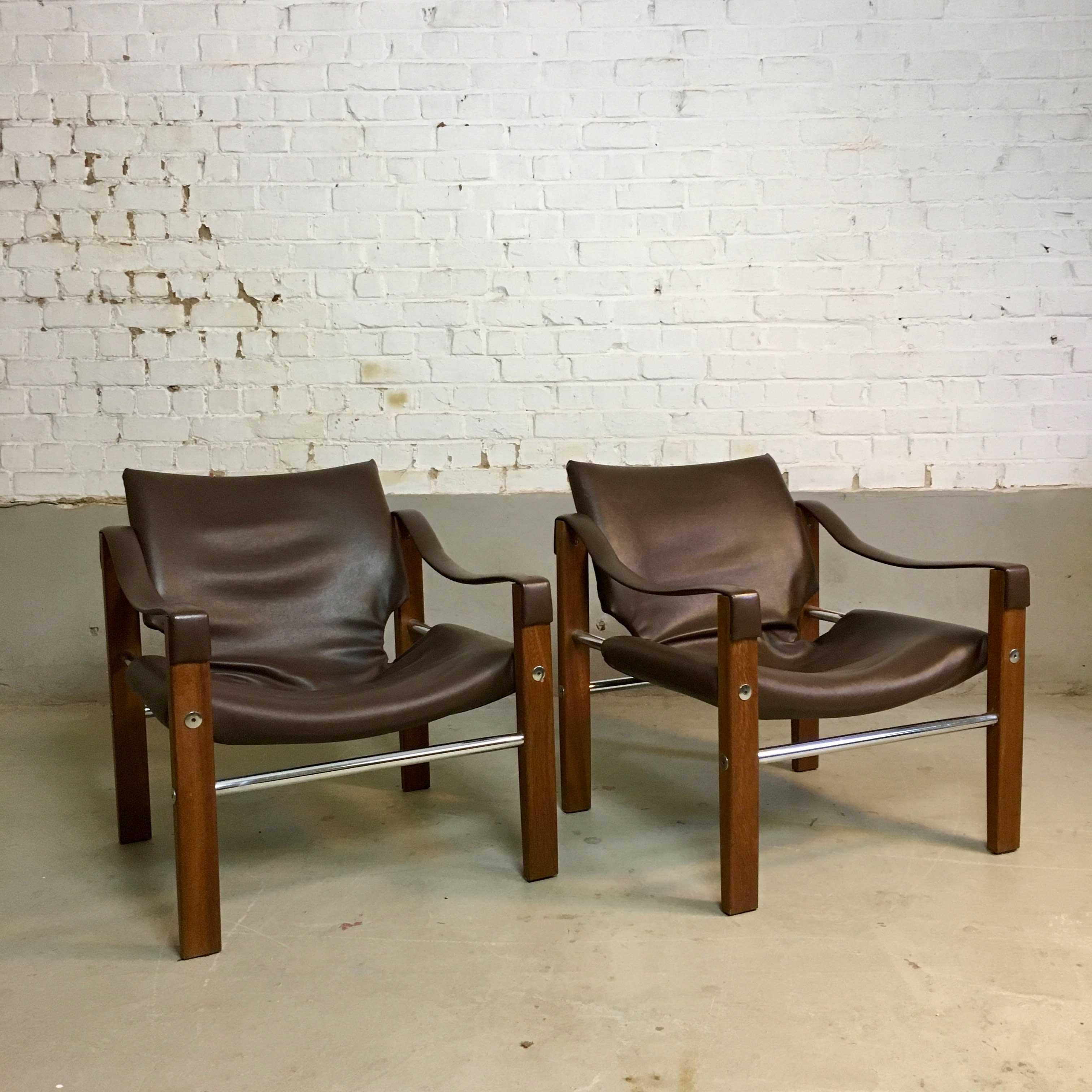 Die-Firma-vintage-shop-Antwerp-Vintage-Arkana-safari-chairs