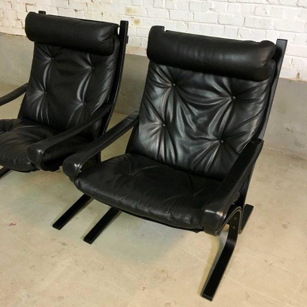 Die-Firma-vintage-shop-Antwerp-Vintage-Westnofa-Siësta-chairs